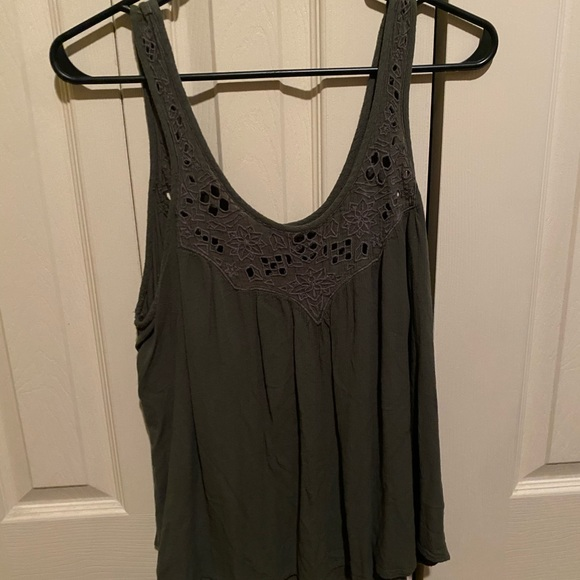 American Eagle Outfitters Tops - green tank with lace